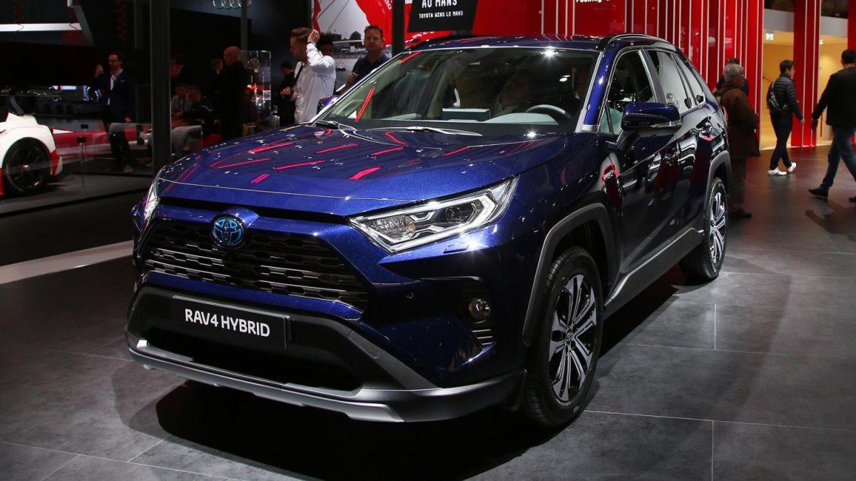 Обзор Toyota RAV4 Hybrid 2019 года