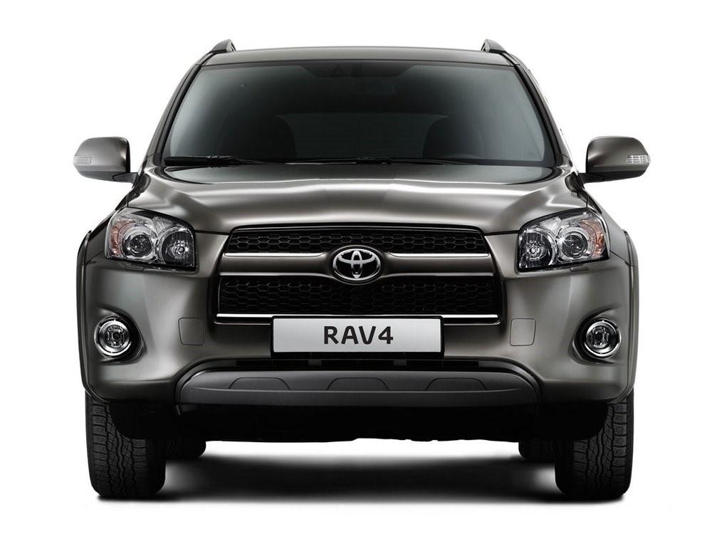 Обзор автомобиля Toyota RAV4.3