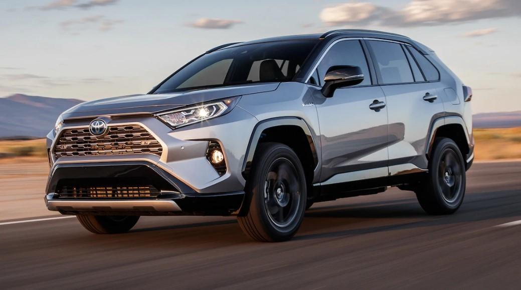 На 4 модели в РФ компания Toyota повысила цены
