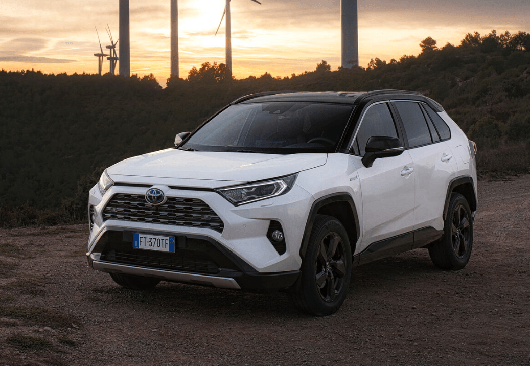 RAV4 5 поколение - старт продаж в России