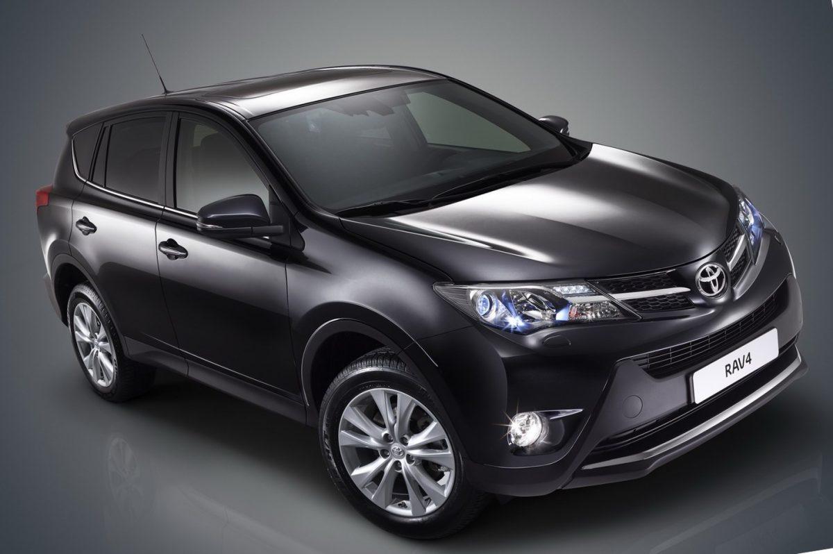 Замена масла и фильтра в двигателе Toyota RAV4 четвертого поколения