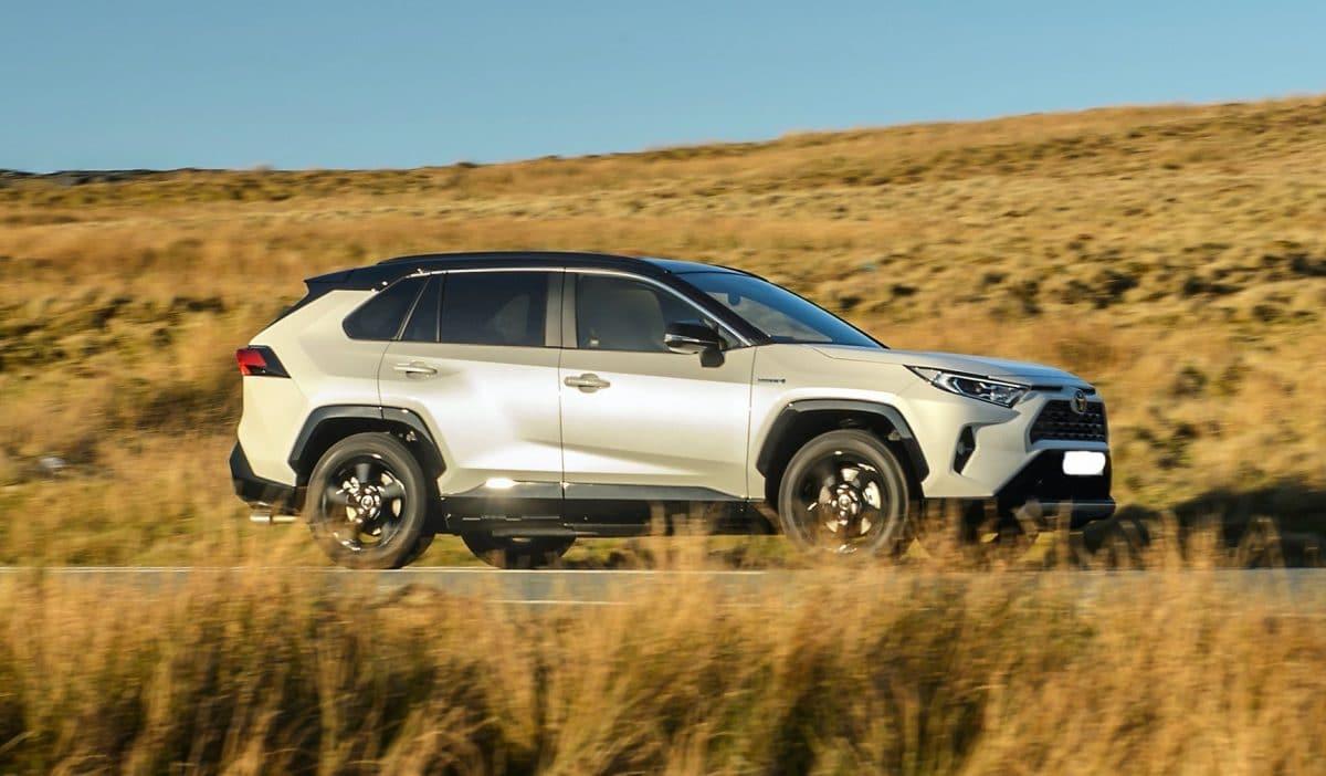 Toyota RAV4 Hybrid 2019 года: зачем я его купил?