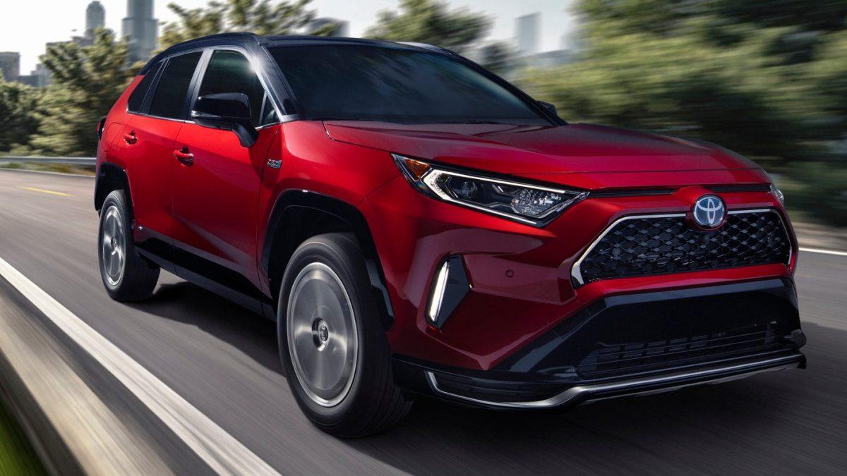 Обзор Toyota RAV4 Hybrid 2021 года с новым уровнем оснащения XLE Premium