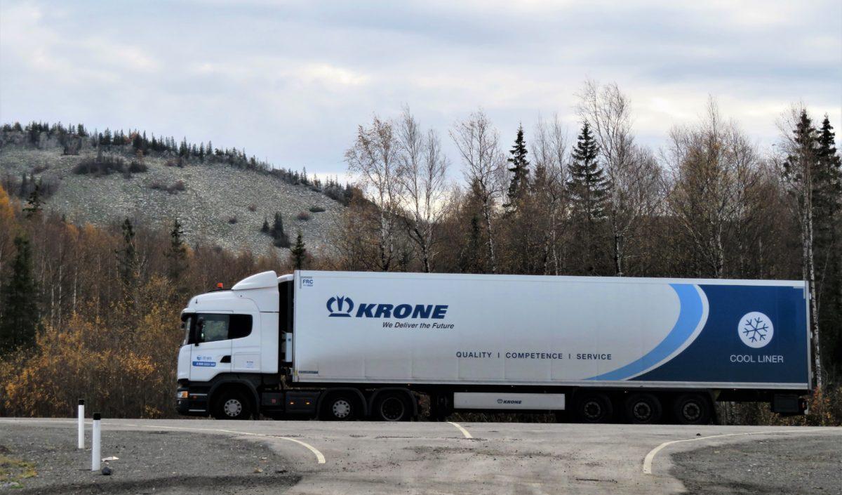 Грузовик KRONE. Грузовые шины