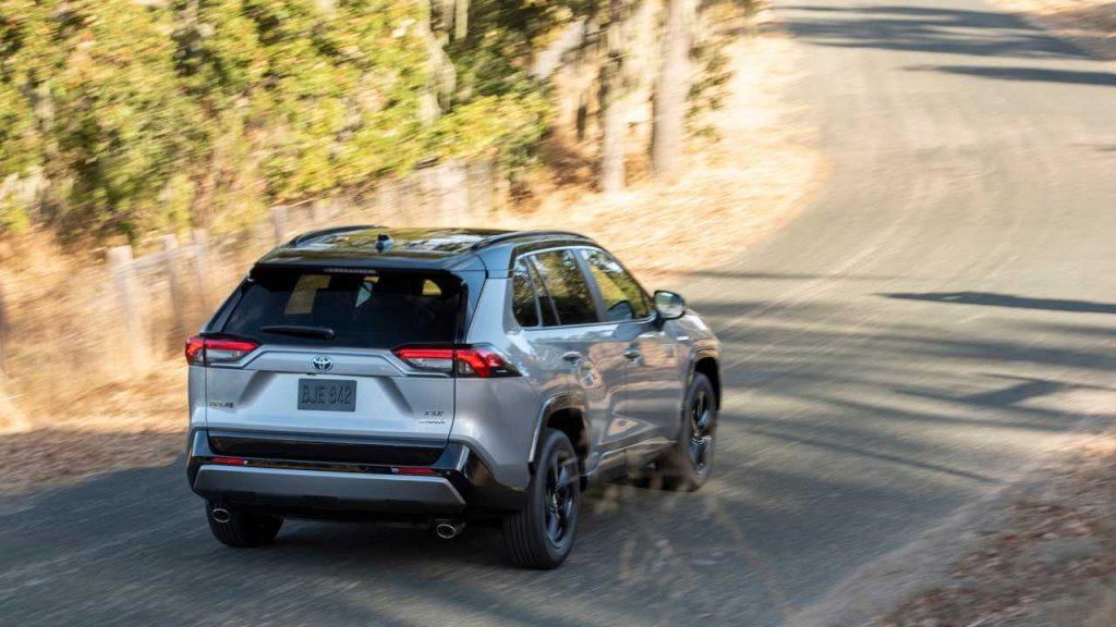 RAV4 Hybrid 2019 года экстерьер
