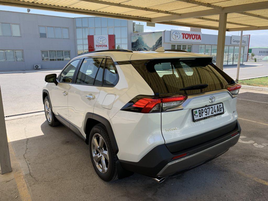 Новый RAV4 5 поколения (2019) - багажник